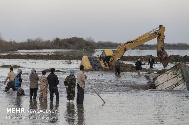 سیلاب بیماری های ناشی از آلودگی آب را به همراه دارد