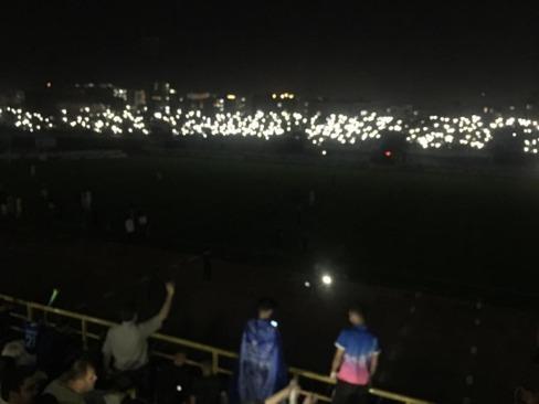 برق استادیوم رفت بازی استقلال متوقف شد (عکس)