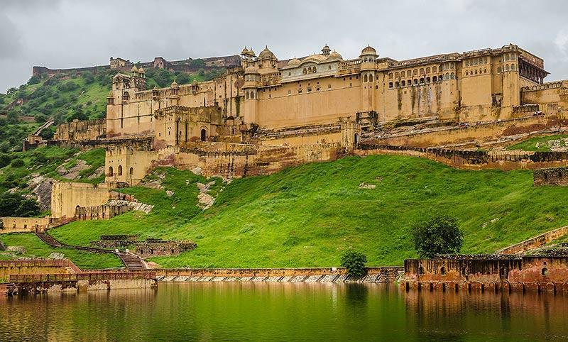 قلعه امبر، نمونه ای زیبا از معماری باستانی در هند
