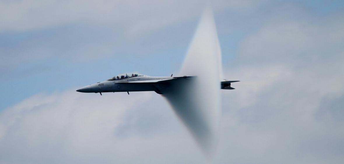 دانشمندان برای هواپیما های فوق سریع، سپر حرارتی طراحی و فراوری کردند