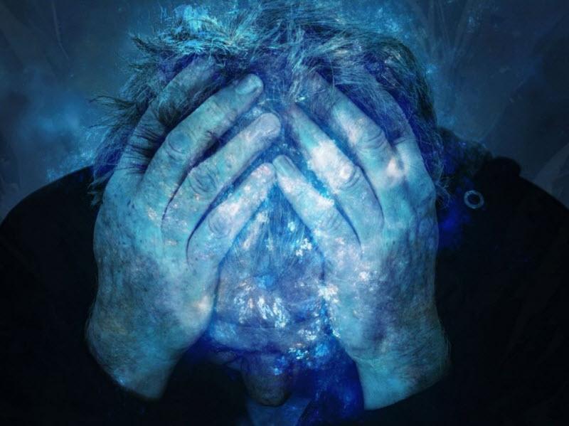 میگرن: علایم و ویژگی های این نوع سردرد - تشخیص و درمان سردرد میگرنی