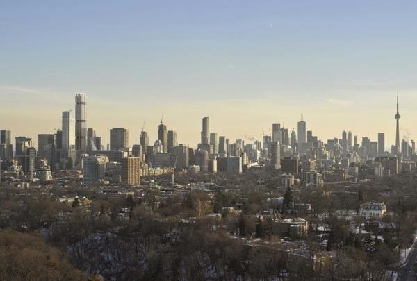 ساخت بلندترین برج کانادا در تورنتو