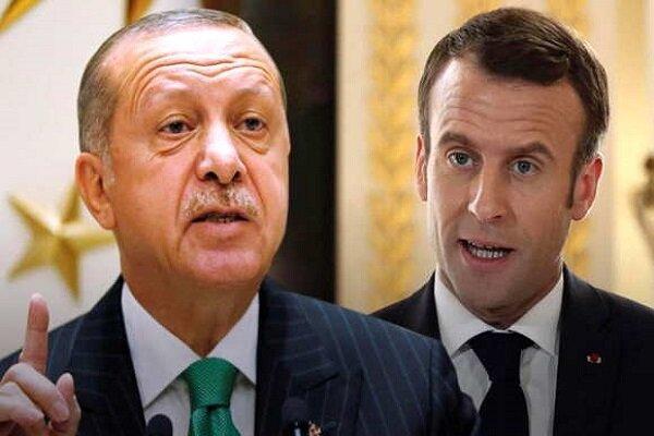 فرانسه و ترکیه بر سر لیبی به جان هم افتاده اند