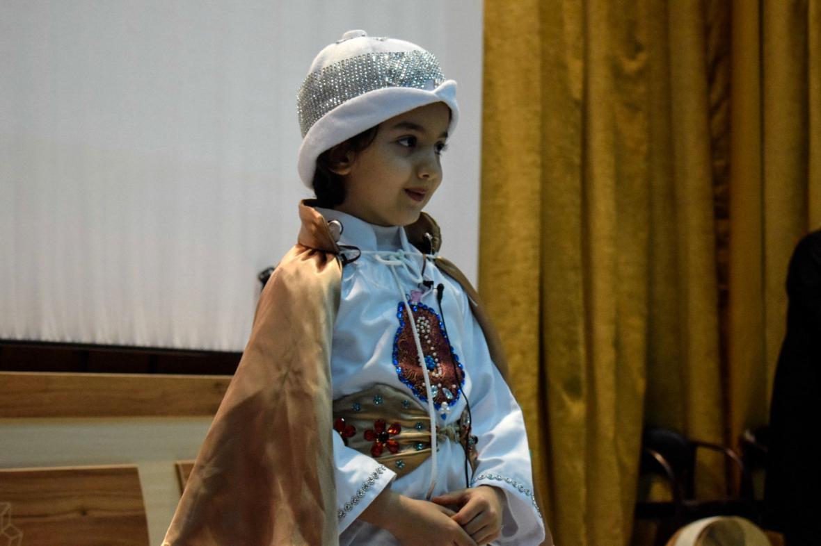 خردسال ترین هنرمند کرمانشاهی در صعود قله های افتخار