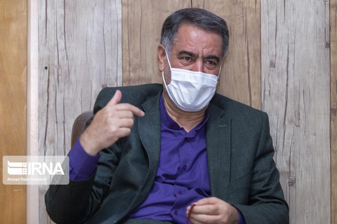 خبرنگاران استاندار چهارمحال وبختیاری بر رعایت پروتکل های بهداشتی در عزاداری محرم تاکید کرد