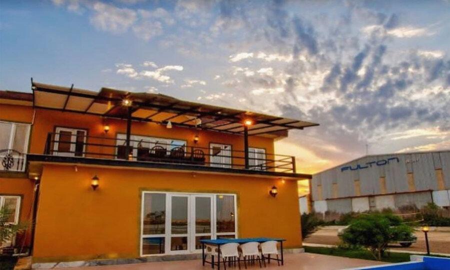 کدام هتل های قشم زیباترین چشم انداز را به ساحل جزیره دارند؟