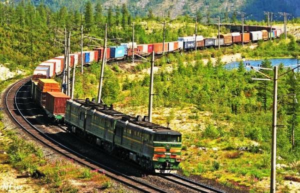خبرنگاران 182 تن بار از راه آهن لرستان جابجا شد