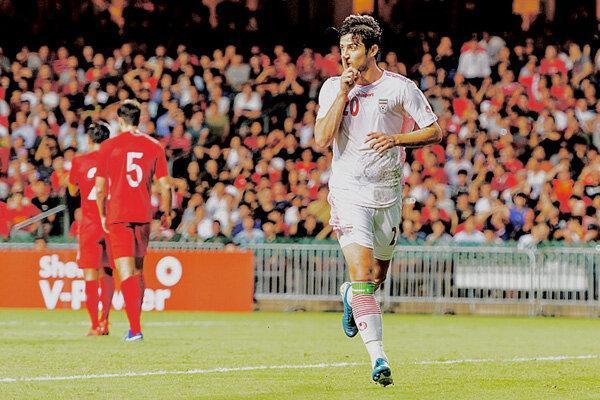 وزیر امور خارجه چطور می تواند به داد تیم ملی فوتبال برسد؟