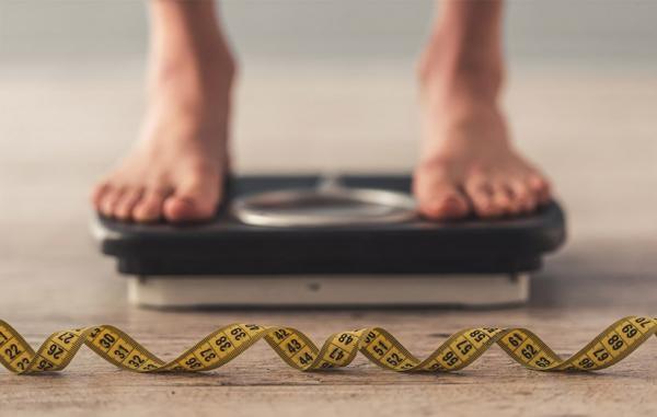 9 روش ثابت شده برای متعادل کردن هورمون هایی که وزن شما را کنترل می نمایند