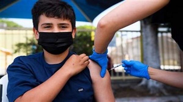 واکسیناسیون دانش آموزان علیه کرونا منوط به نام نویسی در سامانه سلامت